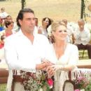 Erika Buenfil and Eduardo Yáñez - 454 x 340