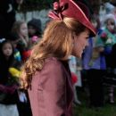 Kate Middleton walks to Sandringham Church