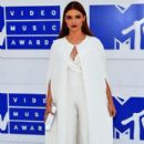 Holland Roden attends the 2016 MTV Video Music Awards at Madison Square Garden on August 28, 2016 in New York City