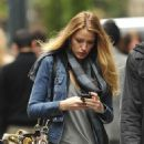 "Blake Lively on the ""set"" of Gossip Girl (November 24 2010)"