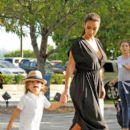 Kim Kardashian: to the Miami Chidren's Museum in Miami