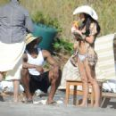 Kim Kardashian - On Vacation In Costa Rica - March 7, 2010 - 454 x 462