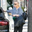 Ashlee Simpson – Out in Los Angeles