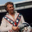 Evel Knievel - 285 x 356