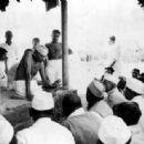 Mohandas Gandhi - 454 x 313