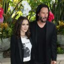 Winona Ryder and Keanu Reeves – 'Destination Wedding' Photocall in Beverly Hills - 454 x 585