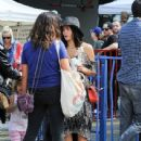 Jenna Dewan-Tatum is seen out with her daughter Everly Tatum at a farmer's market in Studio City, California on March 26, 2017 - 439 x 600