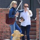 Alyson Hannigan and Leslie Bibb out for lunch in Studio City - 454 x 561