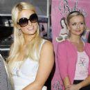 Paris Hilton filming reality show - Baby's Badass Burgers Jan-21-2011