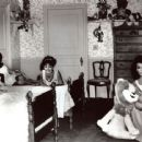 Annette Funicello, Donna Loren, Susan Hart - 454 x 364