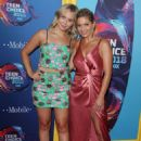 Candace Cameron Bure and Natasha Bure – 2018 Teen Choice Awards in Inglewood - 454 x 657