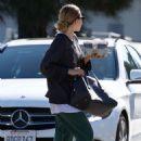 Ashley Olsen – Grabbing coffee in Los Angeles - 454 x 681