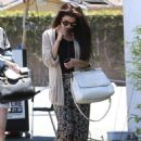 Selena Gomez stops for lunch at Kabuki with a friend on June 10, 2013 in Encino, California - 454 x 637
