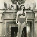 Martha Vickers - 454 x 571