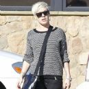 Pink making a quick stop at Pavilions grocery store in Los Angeles, California on December 15, 2012