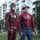 The Flash (2014) - 454 x 314