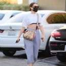 Jessie J – Out in Santa Monica - 454 x 600