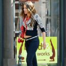 Sofia Vergara on the set of 'Modern Family' in NYC (August 7)