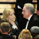 Faye Dunaway and Warren Beatty At The 90th Annual Academy Awards - Show (2018) - 454 x 333