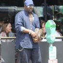 Johnny Gill is spotted out for lunch in Beverly Hills, California on April 6, 2016 - 396 x 600
