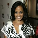 Essence Atkins - 344 x 481