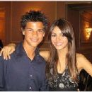 Victoria Justice and Taylor Lautner