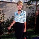 Natasha Henstridge At The 1996 MTV Movie Awards - 454 x 678