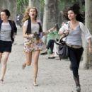 Selena Gomez, Leighton Meester and Katie Cassidy on Set