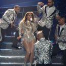 Jennifer Lopez – Performs in Las Vegas
