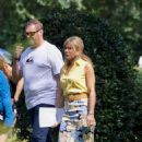 Jennifer Aniston – Filming Dumplin in Jonesboro