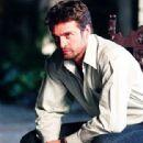 La otra- Promotional Cast Photos
