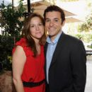 Fred Savage and Jennifer Lynn Stone - 406 x 594