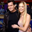 Charlie Sheen and Denise Richards - 454 x 691