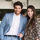 Can Yaman and Özge Gürel