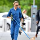 Naomi Watts in Jeans Jumper walking her dog in New York