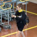 Bella Hadid – Arrives at Airport in Paris - 454 x 681