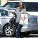 Mischa Barton grabs lunch after doing some shopping at an H&M store in Sunset Plaza on August 24, 2013 in Los Angeles