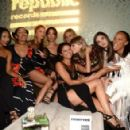 Selena Gomez Taylor Swift Others Republic Records Vma After Party In La