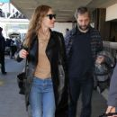 Leslie Mann In Jeans At Lax Airport In La