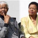 Nelson Mandela and Graca Machel - 454 x 283