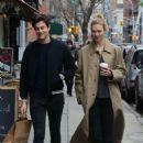 Karlie Kloss with Joshua Kushner shopping in SoHo - 454 x 682