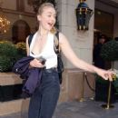 Sophie Turner Urban Outfit – Leaving Hotel in Paris 10/5/2016