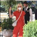Cate Blanchett – In red at Excelsior hotel during 77th Venice Film Festival