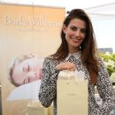 Actress Meghan Ory attends PILOT PEN & GBK's Pre-Emmy Luxury Lounge - Day 1 at L'Ermitage Beverly Hills Hotel on September 16, 2016 in Beverly Hills, California - 400 x 600