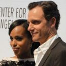 Tony Goldwyn and Kerry Washington - 454 x 255