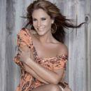 Lorena Rojas - 454 x 589