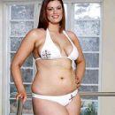 Chloe Marshall - 429 x 864
