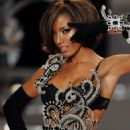 Selita Ebanks - Victoria's Secret Fashion Show In Miami - Runway - 15/11/2008