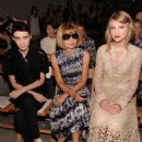 Taylor Swift was spotted chatting away with Rooney Mara and Anna Wintour at the Spring 2012 Fashion Show for Rodarte