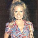 Sally Struthers - 454 x 627